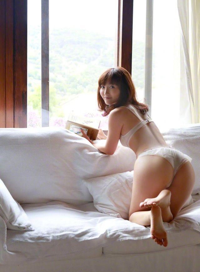 Erotic non-fiction japanese girl