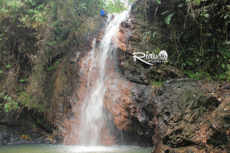 Air Terjun Pulau Simo