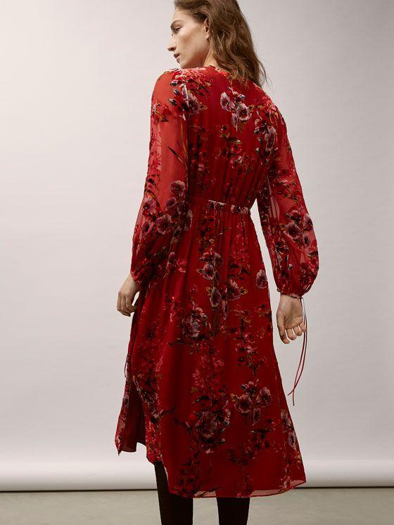 Fall Winter 2017 Women´s SILK DRESS WITH VELVET PRINT at Massimo Dutti for 139. Effortless elegance!