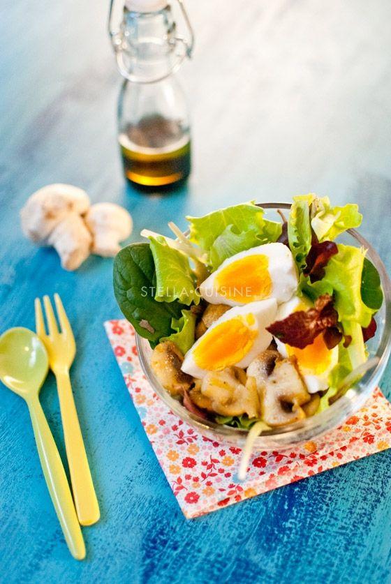 Recette de Salade tiède aux oeufs durs et champignons au curry | StellA Cuisine !!! Recettes faciles, Recettes pas chères, Recettes rapides