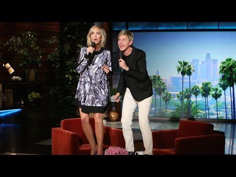 """Video: Ellen DeGeneres & Kristen Wiig perform an equal parts awesome and awful cover of Frozen's """"Let It Go!"""""""
