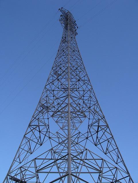 Pylon by Huggy's Eye, via Flickr