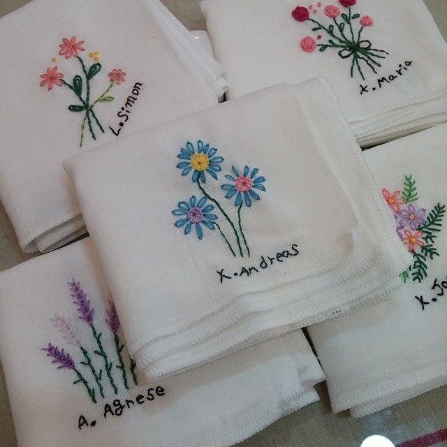 #Embroidery#stitch#needlework  #프랑스자수#자수#일산프랑스 #세례명을 수놓은 이니셜손수건~