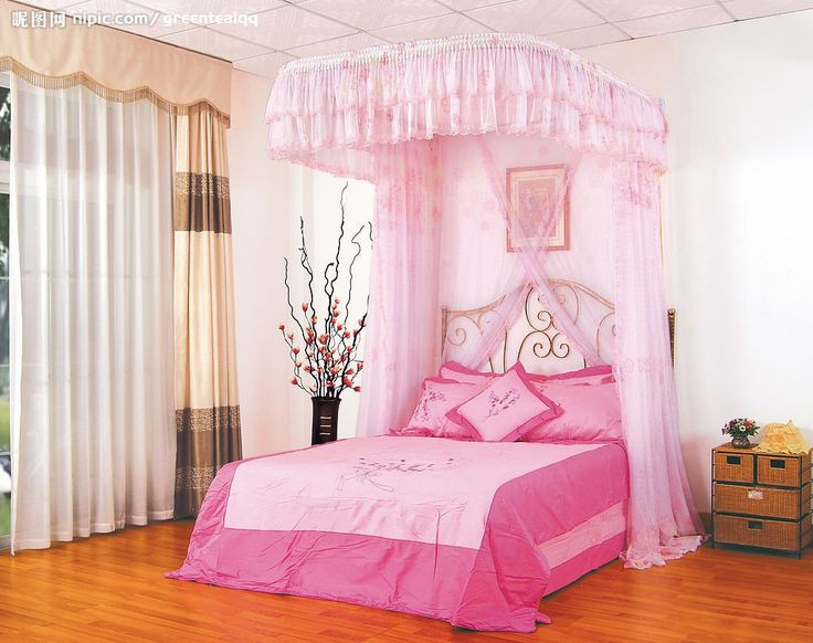 How to Make Girls Canopy Bed in Princess Theme - https://midcityeast.com/how-to-make-girls-canopy-bed-in-princess-theme/