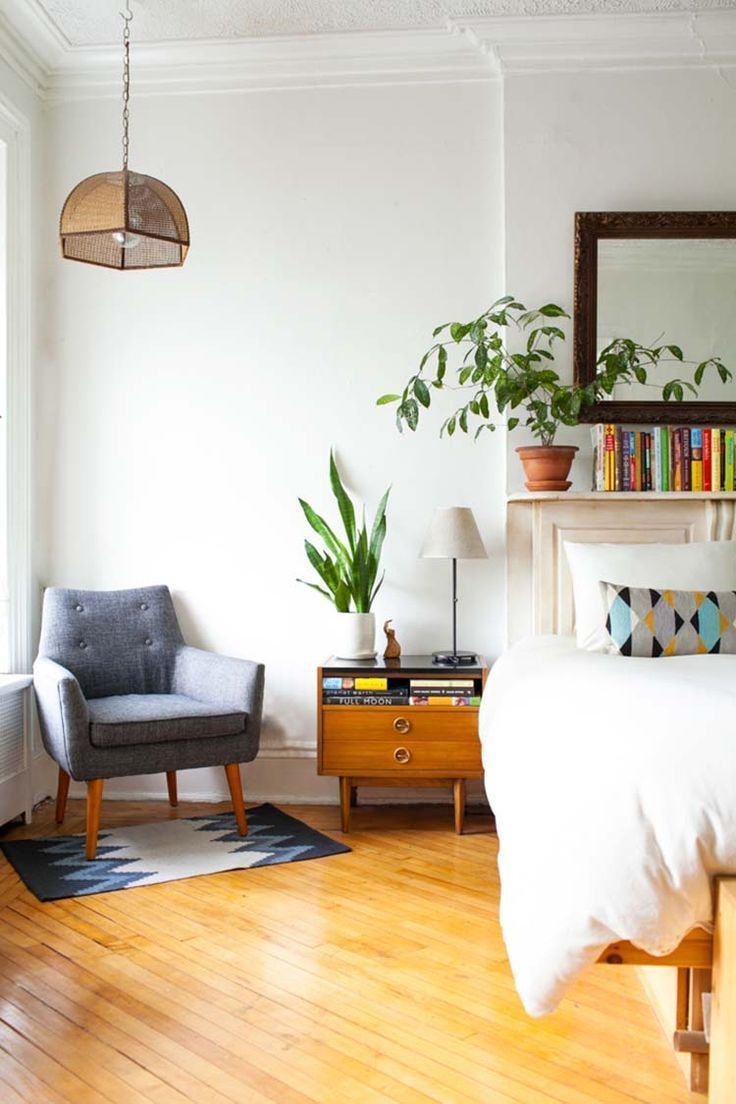 Chair on small rug, night table choices  Mid-Century Modern Bedroom-07-1 Kindesign