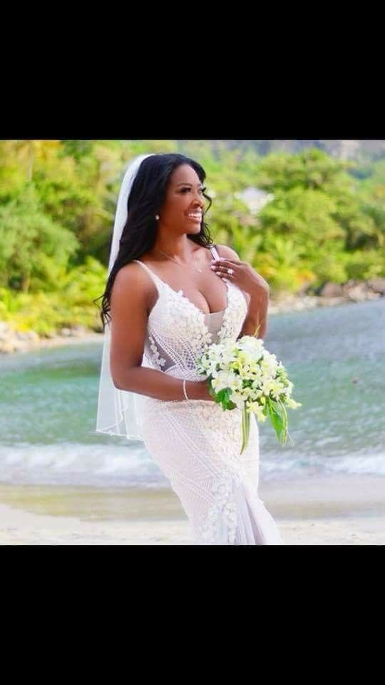 Kenya Moore Wedding.Pin By Torica S Unique Boutique On Kenya Moore Daly In 2019