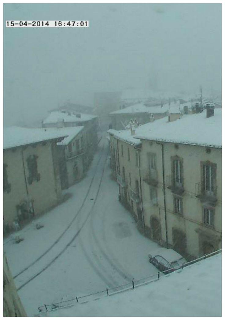 Neve in Appennino Centrale. Pescocostanzo a 1395 metri in Abruzzo