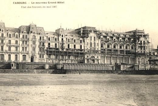 53 best proust 39 s cabourg balbec images on pinterest for Chambre 414 grand hotel cabourg