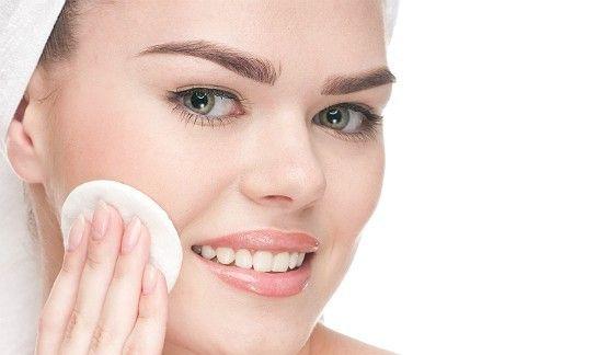 Receita de Demaquilante com Glicerina: fácil, barato, prático e seguro, esse demaquilante caseiro pode ser usado em todo tipo de pele!