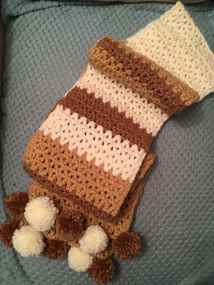 V stitch scarf made in paintbox chunky yarn.
