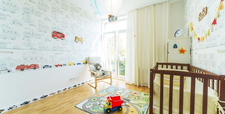 Camera copilului luminoasa, patut de copil
