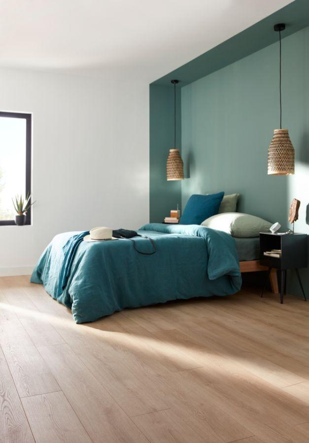 Geben Sie Ihrem Zimmer eine Gruppe von Modernen, um eine Schicht aus Eichenholz und eine Münz…