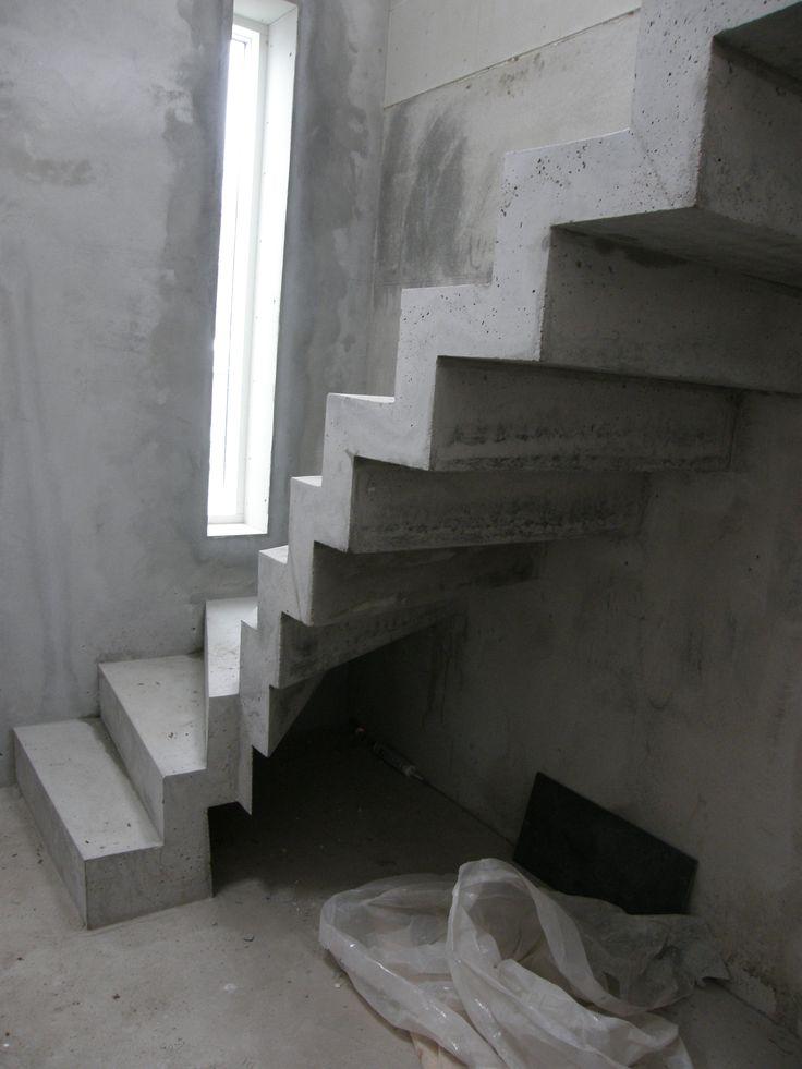 Escada giratória em quartzo   – escada