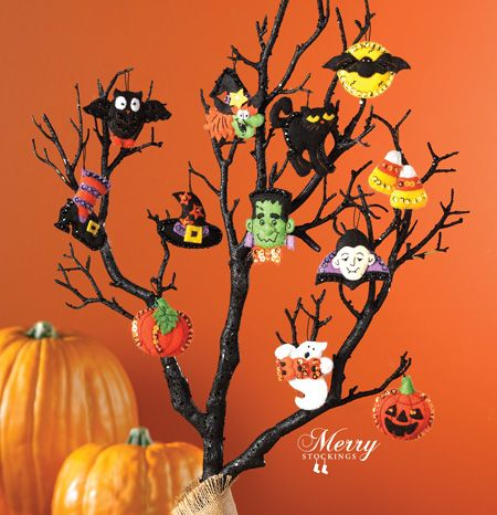 NEW for Fall 2013 | Halloween Ornament Kit from Bucilla. 12 piece set. Super cute!