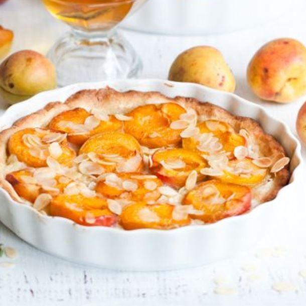 Tarte à l'abricot et aux amandes effilées