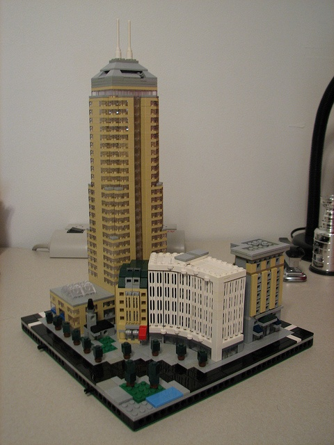 Dude made LEGO Indy!  Monument Circle, Northeast Quad by gmnine, via FlickrMonuments Lego, Northeast Quad, Monuments Circles, Lego Indie
