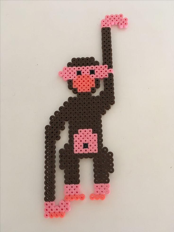 Kaj Bojesen abe, lavet ud af perler.