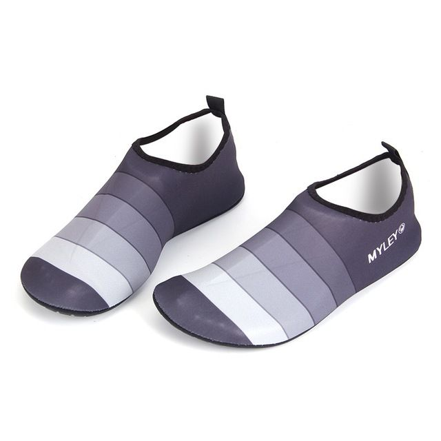 Good Price $5.28, Buy Men Women Couple Water Shoes Personality Men Striped Beach Pool Dance Swim Surf Yoga Shoes 2017 New High Quality