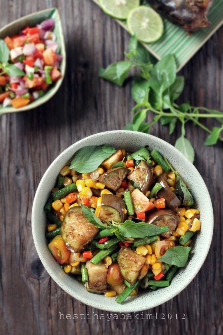 Rica Rodo (Menadonese Spicy Stir Fry Vegetables) | Hesti's Kitchen