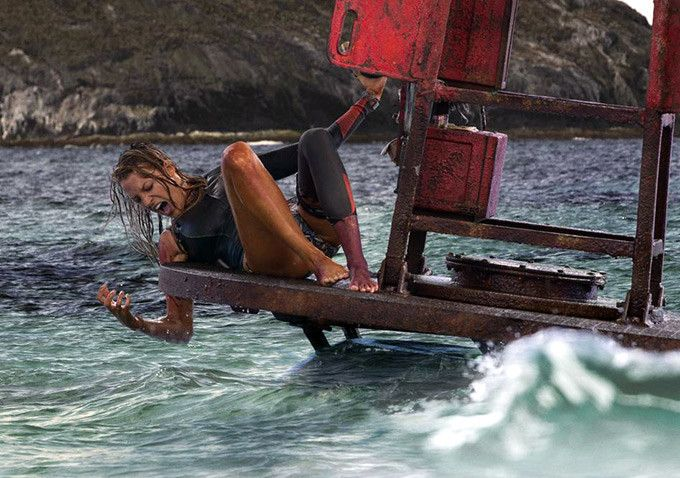 First image of Blake Lively in The Shallows