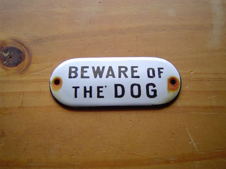 beware of the dog500 Yards, Dog Tags, Vintage Porcelain, Vintage Wardrobe, Dogs Signs, Porcelain Enamels, Enamels Beware, Antiques Vintage, Dogs Tags