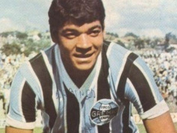 Morre Alcindo Bugre, maior goleador da história do Grêmio
