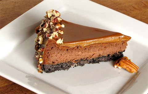 chocolate cheesecake w/ caramel ganache