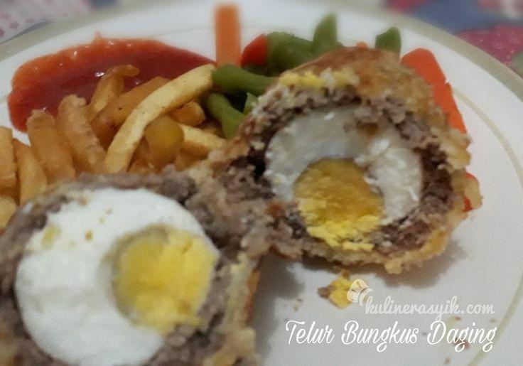 Hampir semua orang suka telur. Masakan olahan telur apa yang kamu suka? Jika perlu ide masakan berbahan telur, coba resep asyik ini aja: telur bungkus daging. Kriuk garingnya mantap!