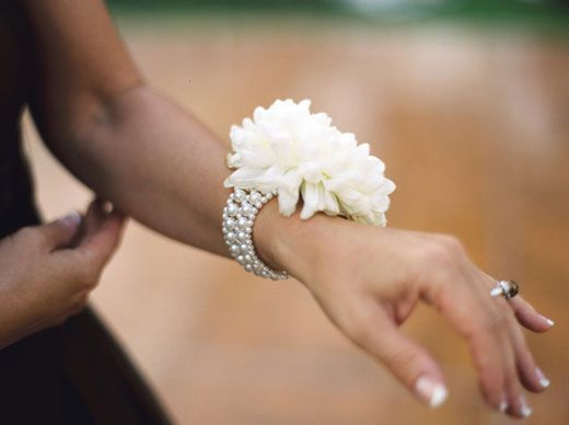 pearl wristlets for mothers: Wrist Corsage, Modern Corsage, Mother Of The Bride, Mothers, Wedding Ideas, Pearl Bracelets, Bridesmaid, Wedding Flowers, Mom