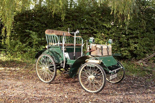 1899 Peugeot Type 26 Chassis no. 925 Engine no. 570   ===>  https://de.pinterest.com/imsnogirl2/old-time-transportation/