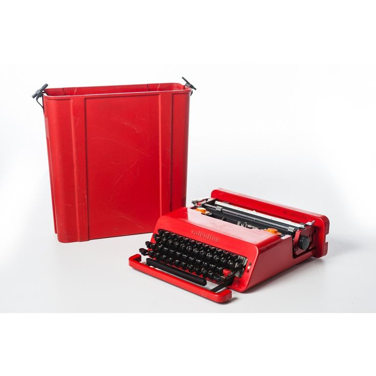 macchina da scrivere portatile Valentine designer Ettore Sottsass produttore Olivetti 1969