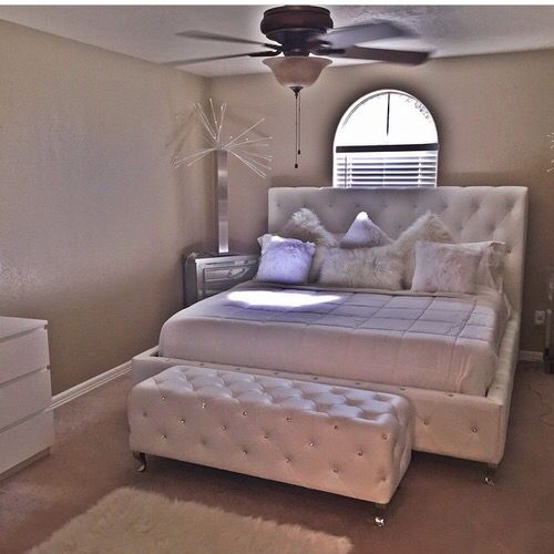 19 Lavish Bedroom Designs That You Shouldn T Miss: 10192 Best Romantic Bedrooms Images On Pinterest
