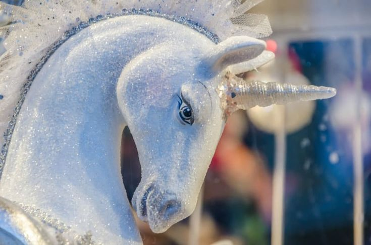 Magical unicorn presents