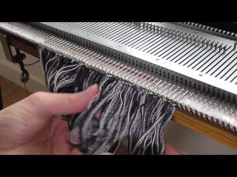 machine knitting - fringing - YouTube                                                                                                                                                                                 Mais