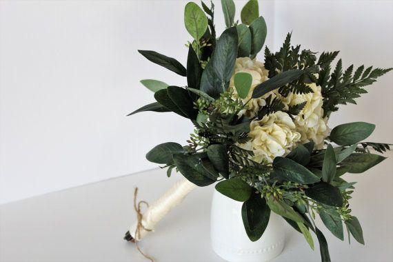 Silk Ivory Hydrangea and Fern Bouquet, Forest Wedding Bouquet, Greenery Bouquet for Wedding, Rustic Wedding Flower Bouquet, Woodland Chic #bride #ivory #bouquet #springwedding #bridestyle #etsy #wedding #rusticwedding