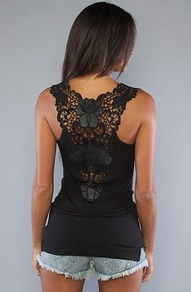 love this back: Black Lace, Lace Tops, Tanks Tops, Love Lace, Free People, Super Cute, Lace Back, Lace Tanks, Back Details