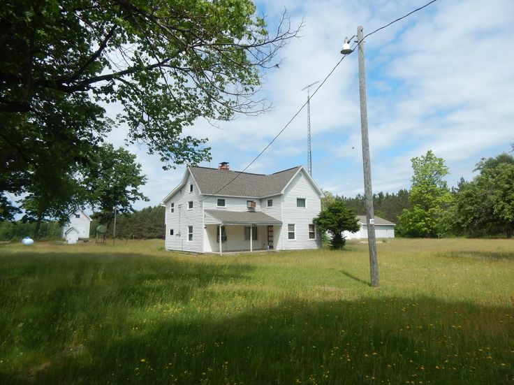 Hunting land for sale in Michigan, Land for sale in Michigan - 140 ac w/ home Manistee County  Where to begin...........Let's start with a 3500 sq ft home that has been renovated and is very nice i