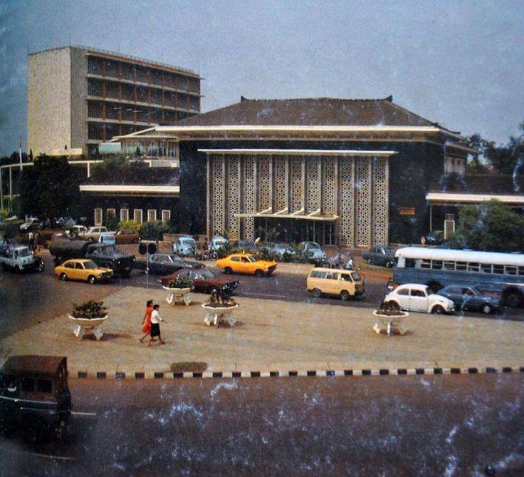gedung bapindo, jl gondangdia lama, 1970an