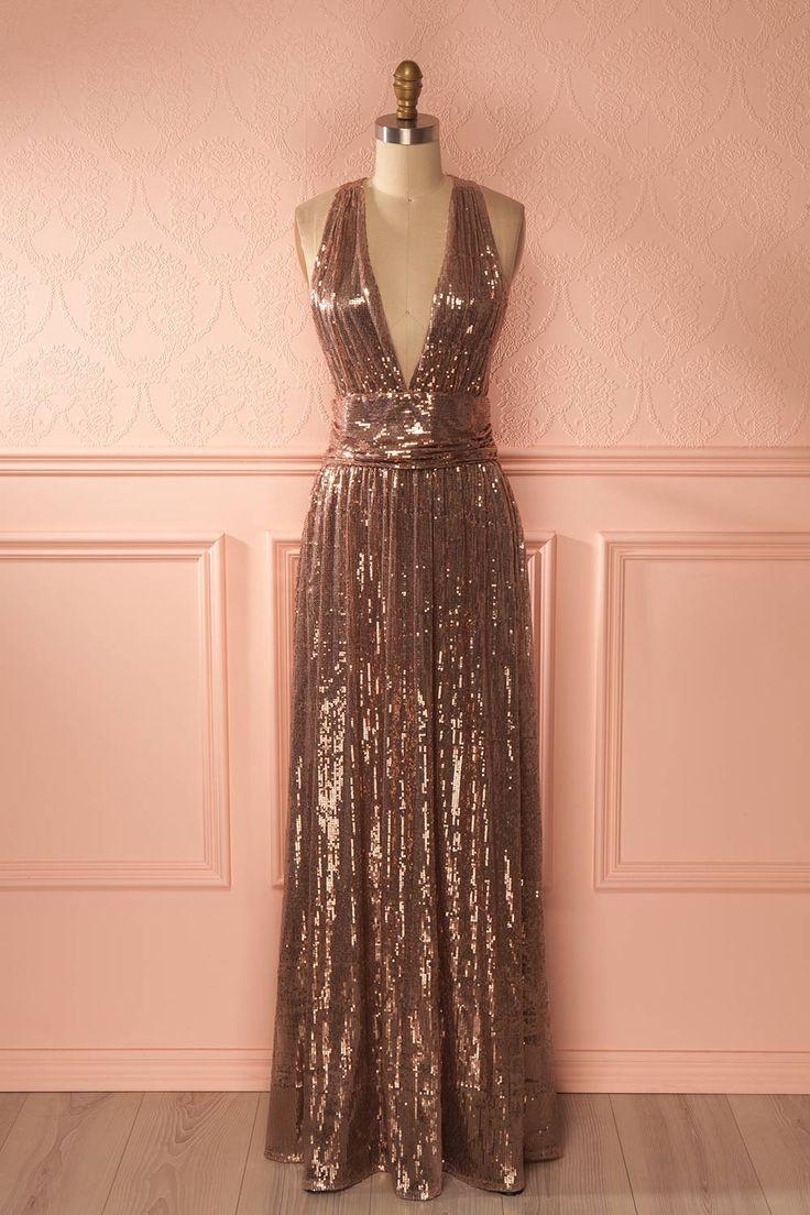 Robe longue rose doré à paillettes avec décolleté plongeant - Rose gold sequins gown with plunging neckline