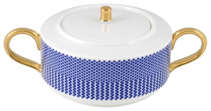 'Benday Cobalt' Sugarpot, hand finished and burnished with a 22kt Gold knob. Hand made in Stoke-on-Trent, England. A collection that is inspired by Benjamin Day: 'our homage to the dot'. Handwash Only, Fine Bone China. Find out more here: https://thenewenglish.co.uk/collections/benday-cobalt #TheNewEnglish #Benday #Cobalt