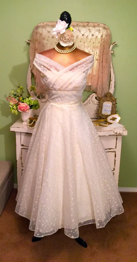 50s Princess Dress, Off Shoulder Dress, Ivory Tea Length Gown, XS Dress, 1950s…