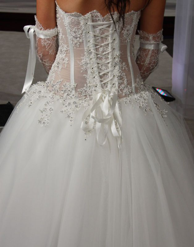17 best images about pnina tornai on pinterest corset for Wedding dress with corset top