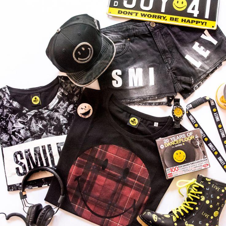 Get festival ready with Smiley. Festival outfits for Glastonbury, Bestival, Coachella, Prima Vera, Reading, Leeds, SXSW, Secret Garden Party, Download