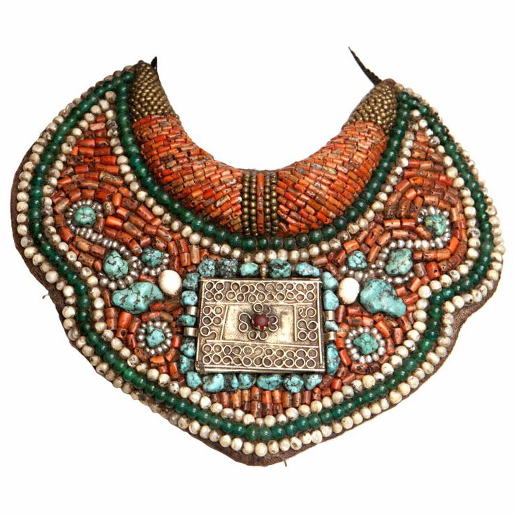 Ethnic Beaded Collar Necklace: Collar Necklace, Vintage Choker, Unique Collection, Beaded Collar, Jewelry Necklaces, Beads Collars, Collars Necklaces, Choker Necklaces, Beads Mor Necklaces