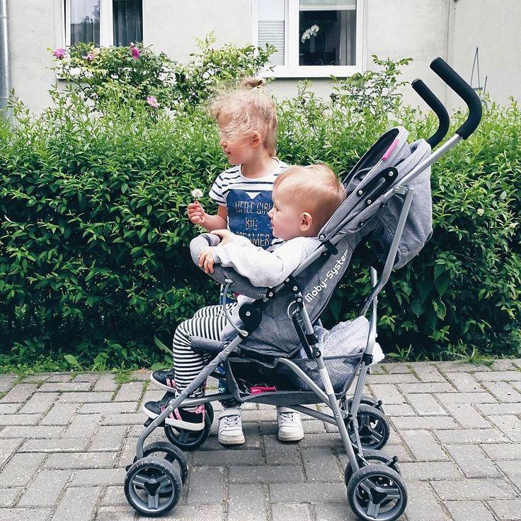 Powroty z przedszkola  Zawsze mówi że jestem po nią za wcześnie   #rodzicewsieci #blogparentingowy #blogrodzinny #familygoals #justbaby #igkids #instagramkids #girls #sister #sisterhood #daddylittlegirls #instamatki #instadziecko #wielodzietni #rodzina #wielodzietni #rodzina #siostry #polishfamily #polskamama #polskarodzina #dziecinainstagramie