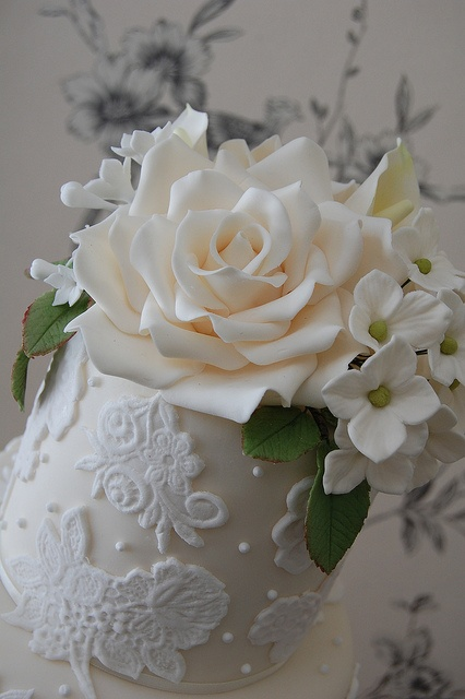 Close up of top tier. by Sweet Tiers Cakes (Hester), via Flickr