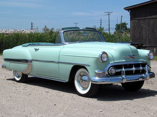 1953 Chevrolet Bel Air Convertible - oh so swoon-worthy! I'd trade that car for a fancy schmancy sports car any day of the week. :) :)