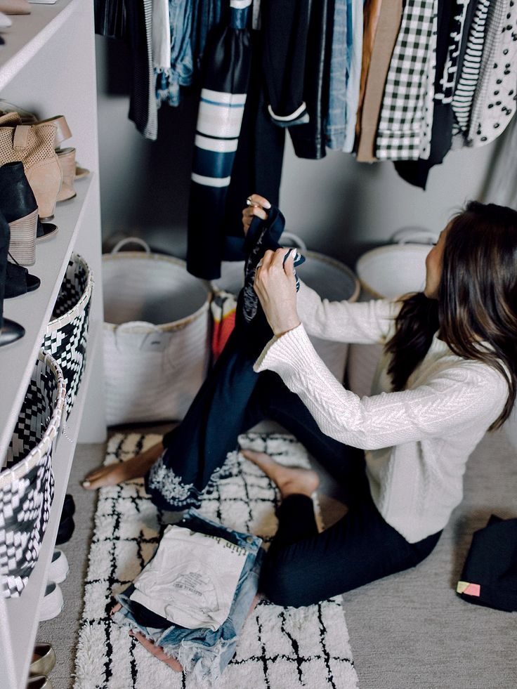 How To Clean Your Closet In Less Than 30 Minutes