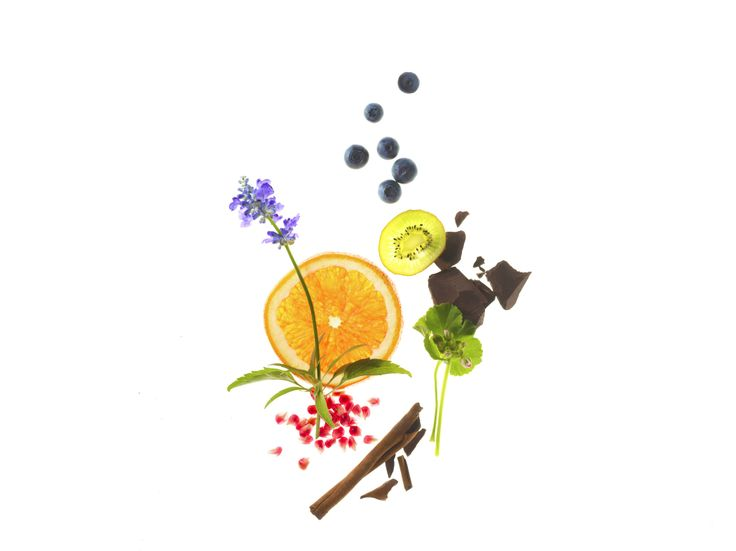 Don't just fill your tummy – recharge yourself and give your well-being a boost with SuperFoodsRx™. Loaded with crucial nutrients while low in calories, these powerhouse foods such as blueberries, cinnamon and dark chocolate are super delicious too.