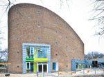 Der ehemalige Kirchenbau aus den 1960er Jahren ist nun eine Kindertagesstätte